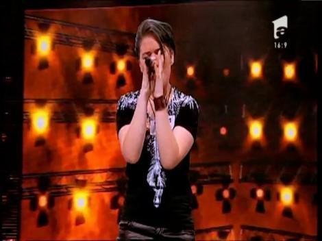 """Izabela a ajuns la X Factor și nu are pretenții prea mari: """"Vreau doar o formație alături de care să cuceresc lumea!"""""""