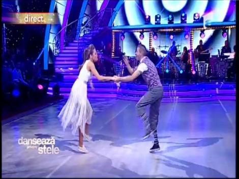 """Raluka, maestra prizelor, în lacrimi! Swing-ul pus în scenă de Lilian a făcut senzaţie pe scena """"Dansează printre stele"""""""