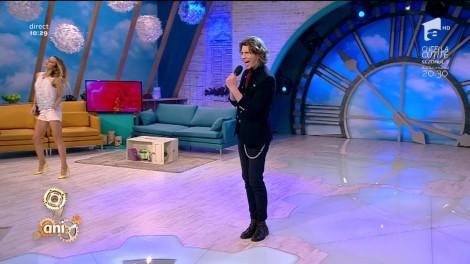 """În 2012, câștiga cel de-al doilea sezon """"X Factor"""" și impresiona România cu vocea lui puternică. Astăzi, Tudor Turcu și-a lansat noua melodie. """"Venin"""", o piesă de dragoste aparte"""