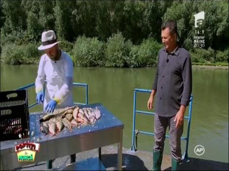 """Cosmin Seleşi, disperat de Nea Mărin: """"Nu mai suport să curăţ peşte. Am făcut asta ore întregi"""""""