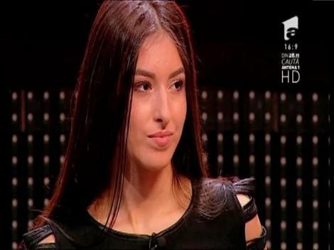 """Lizuca Bigu, voce de aur, dar fără curaj. Carla's se transformă şi şochează la """"X Factor"""": """"Dacă vrei să rămâi, trebuie să ridici pe cineva de pe scaun"""""""