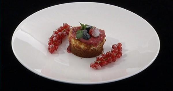 Chesse Cake cu iaurt – preparatul Alexandrei Leon