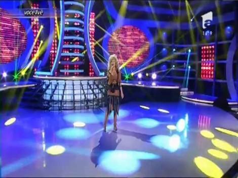 """Voluptoasa Dolly Parton, din nou la """"Te cunosc de undeva!"""" Misha, o adevărată lady pe scenă"""