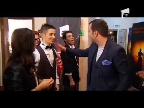 Mihai Morar aplaudat de concurentii X Factor