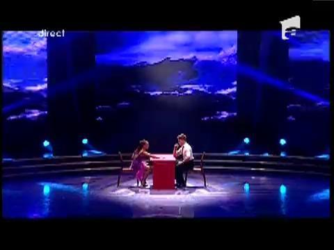 Georgiana şi Constantin - danseaza