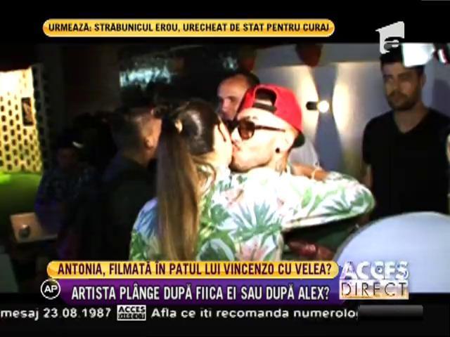 Antonia, filmată în patul lui Vincenzo cu Alex Velea?!