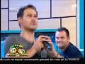 """Răzvan şi Dani reproduc videoclipul """"Bilionera"""""""