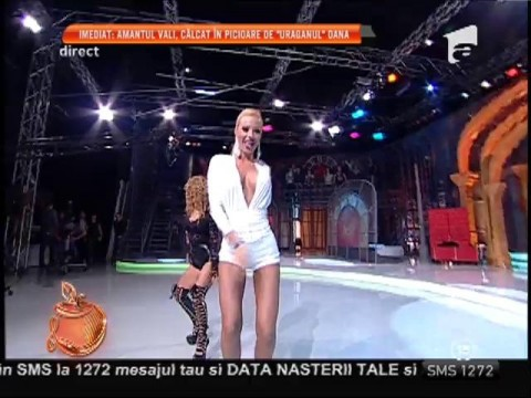 Alba-neagra! Ana Maria Mocanu şi Loredana Chivu, dans sexy