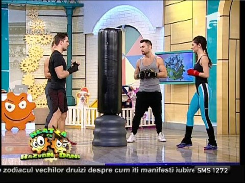 Fitness la Neatza! Antrenament la sacul de box