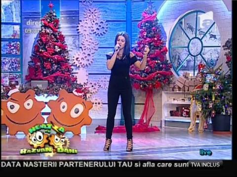"""Live! Nicoleta Nucă - """"It's man's man's world"""""""