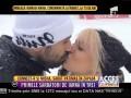 Connect-R şi Misha, sărut pătimaş în zăpadă