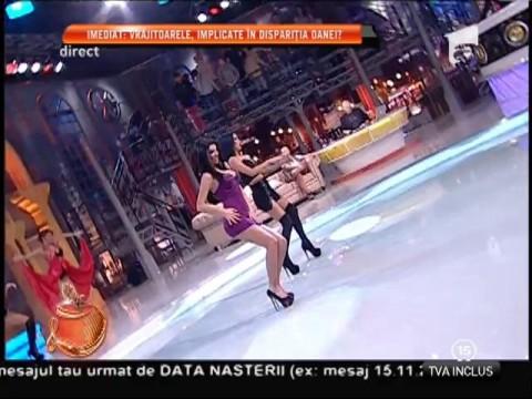 Andreea Tonciu şi Daniela Crudu, dans în costumații super-sexy!