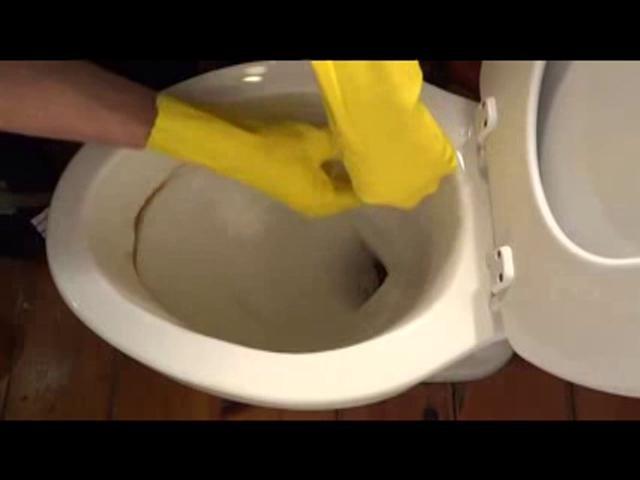 Curatarea toaletei