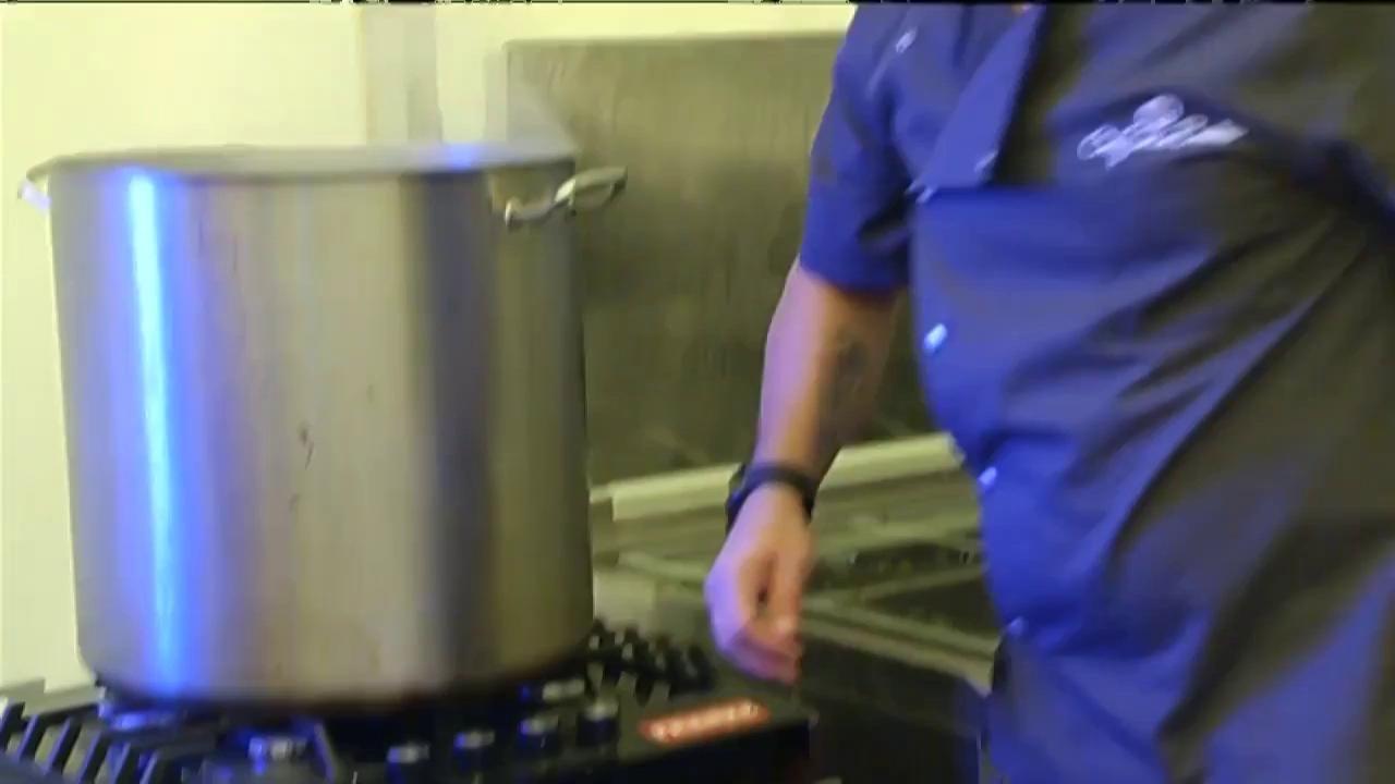 Chef Sorin Bontea se ocupă de meniul de la nuntă