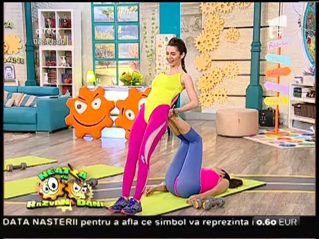 Cât de sexy sunt fetele de la Neatza!!! Exerciții pentru o siluetă de vis, pe care le poți face la tine acasă!