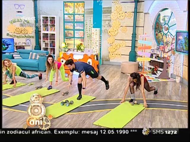 """Nu te saturi să le privești! De ce-s fetele de la """"Neatza"""" atât de sexy? Flavia, Amalia şi Miruna şi-au antrenat toţi muşchii într-un set de exerciţii de fitness"""