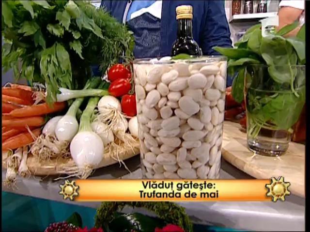 """""""Trufanda de mai"""", un preparat delicios cu fasole boabe, ceapă verde și alte legume de sezon"""