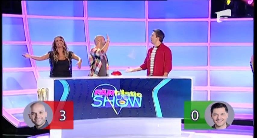"""FANtastic show: """"Recunoaşteţi cu cine s-a iubit vedeta"""" Idilele Madonnei, Shakirei sau ale lui Brad Pitt"""