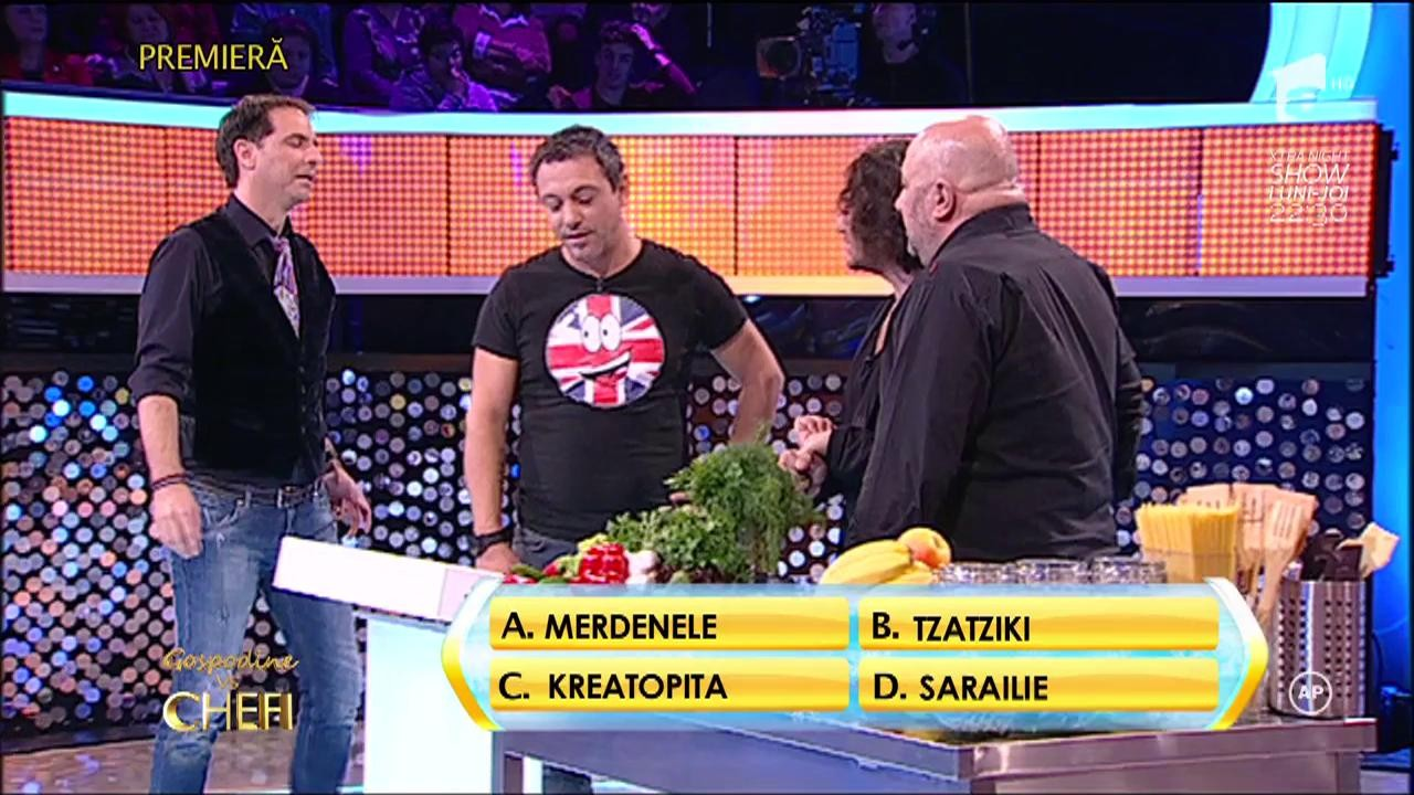 Rândul 1: Cum numesc grecii plăcinta cu carne?