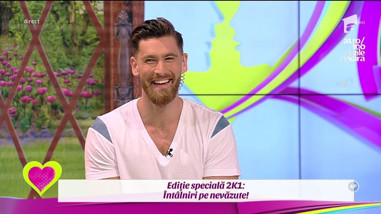 """Robert Popescu, cel mai ispititor asistent TV din România, seară de neuitat acasă la două fete frumoase: """"De la ele am venit direct la emisune"""""""