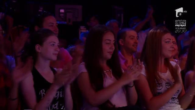 "FANtastic show: ""Ruleta imitatorilor"": Reel 2 Real - ""I Like To Move It"" vs Goran Bregović - ""Kalashnikov"""