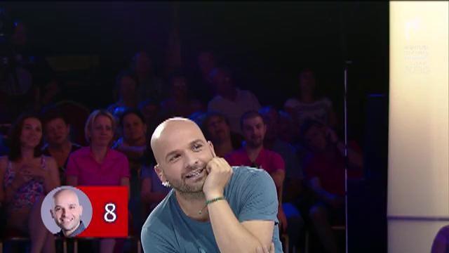 Probă năstrușnică la FANtastic show! Andrei Ștefănescu o invită pe Oana Roman la el în dormitor