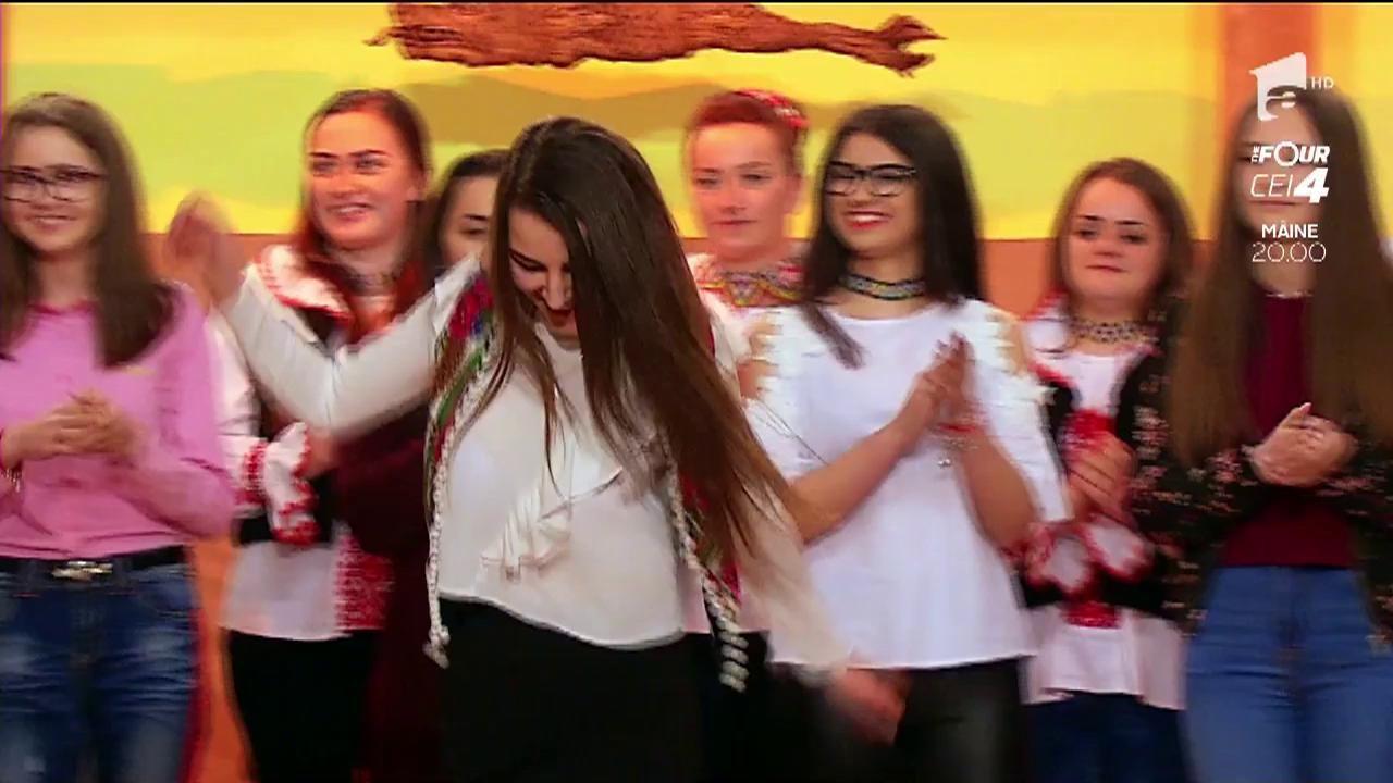 """Proba """"Discotecă de la Țară"""". Vezi cum dansează fetele!"""