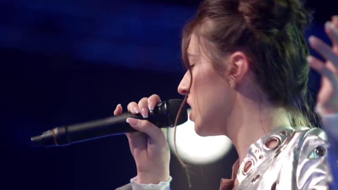 Miruna Pânzaru vrea să concerteze în pauză la Super Bowl! La 16 ani, cântă în fața celor patru jurați