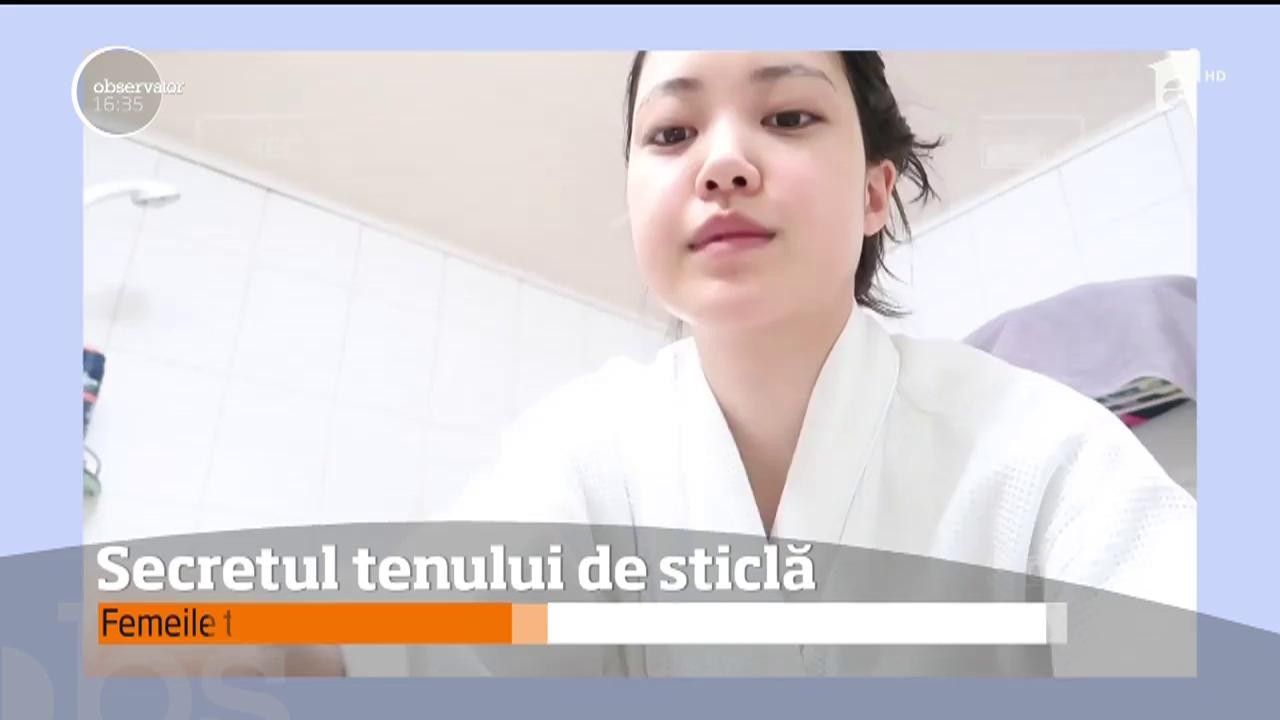 """Cele mai frumoase femei din lume, """"tinere veșnic"""", au lansat un nou trend pe Internet: tenul de sticlă!"""