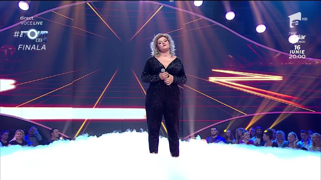 """Alexandra Crişan cântă piesa """"Alerg"""" la duelul din finala """"The Four - Cei 4""""!"""