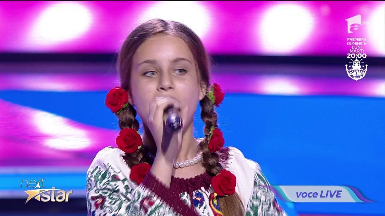 """Ce voceee! Eliana Agafiței a încins atmosfera de la """"Next Star"""" cu o melodie de muzică populară: """"Mi-a plăcut energia pe care o emani!"""""""