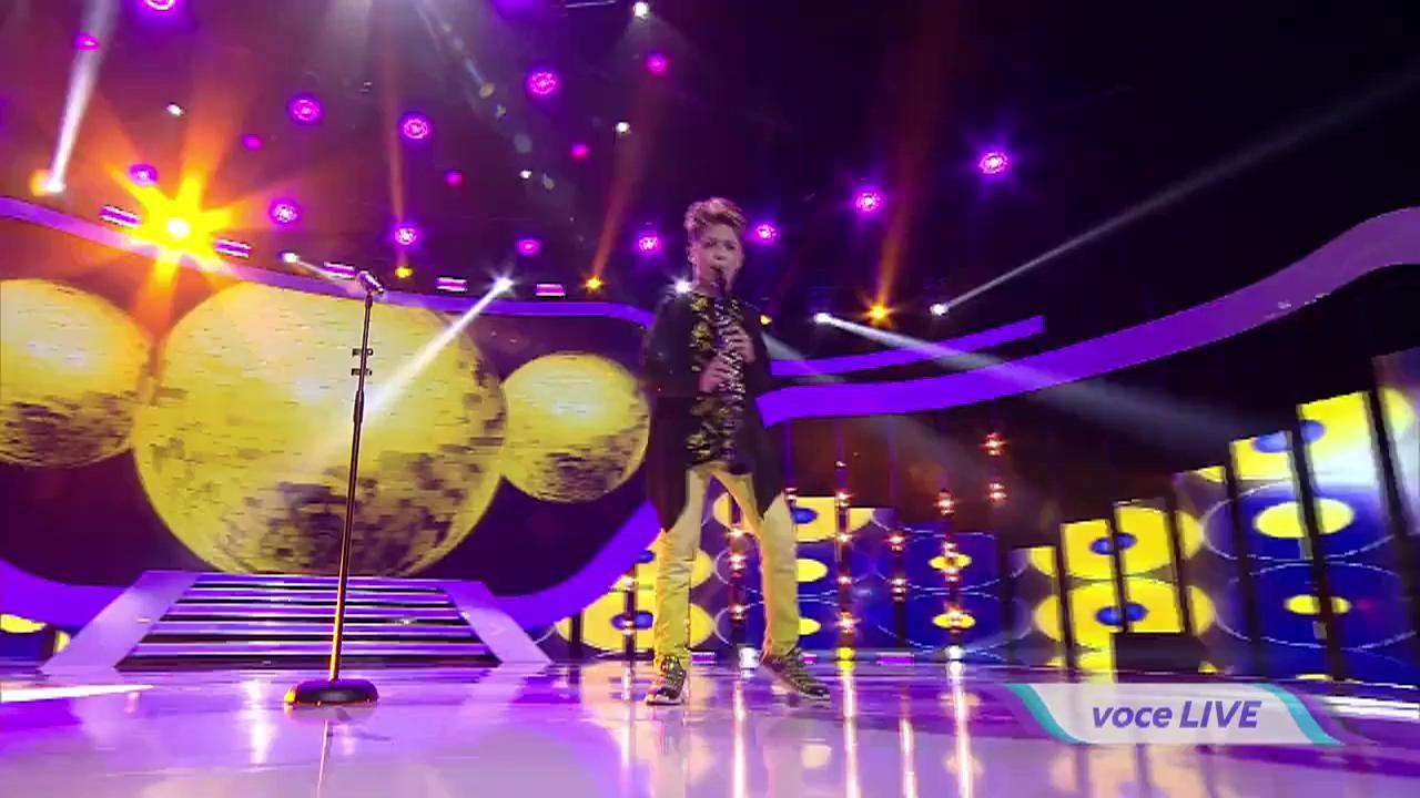 Maroon 5 - Sugar. Vezi cum cântă, la clarinetă, Denis Costea, la Next Star!