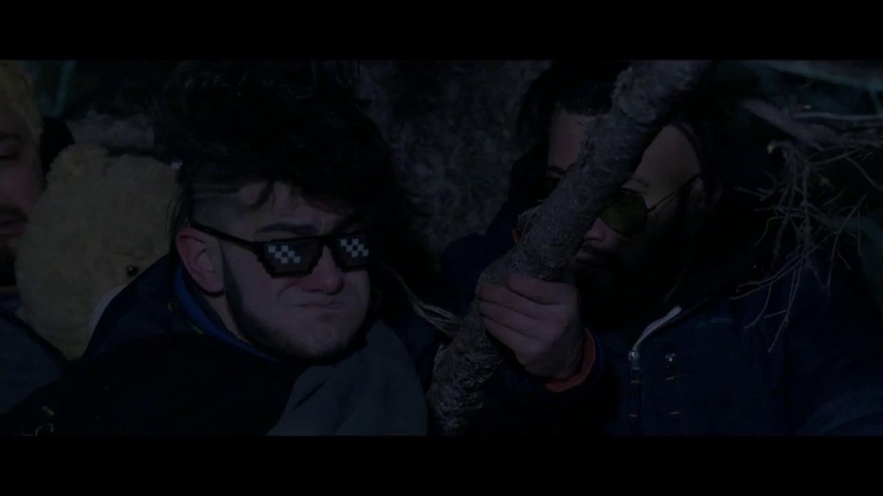 """Roby, Malone și Robotzelu' scapă de lupii și găsesc o casă, în mijlocul pustietății: """"Suntem salvați"""""""