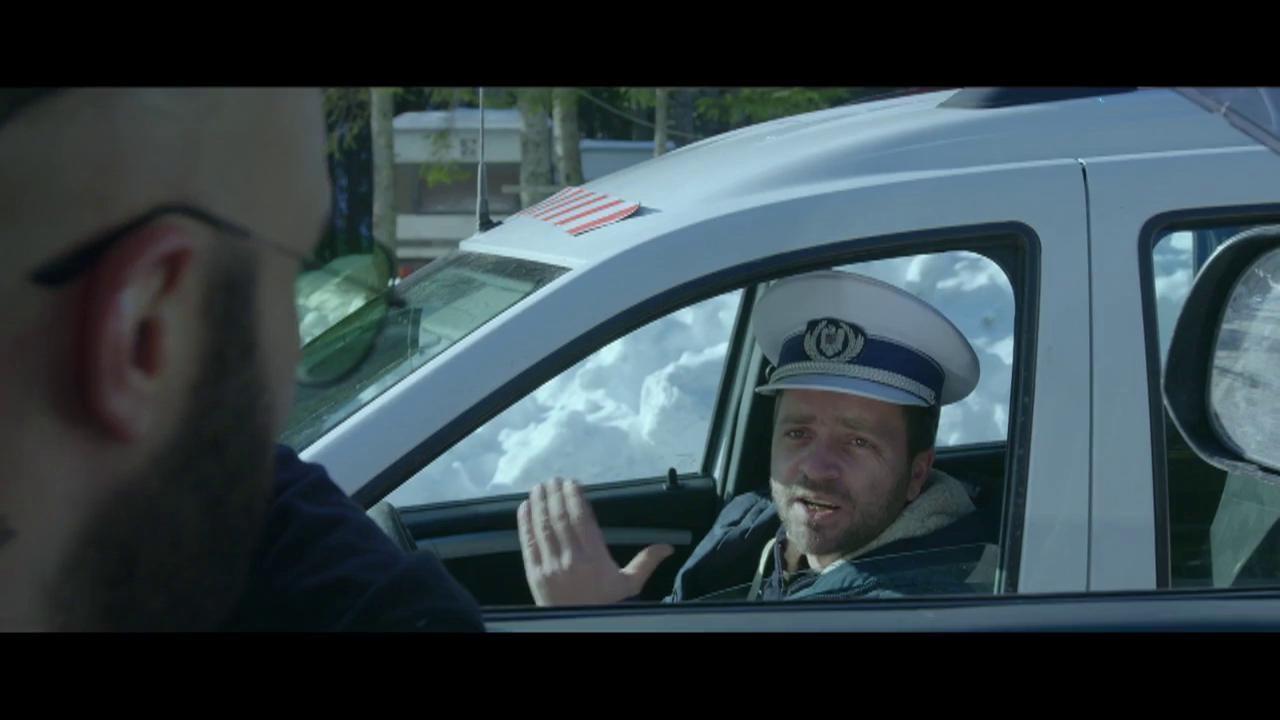 Poliția este peste tot! Roby Roberto nu scapă de oamenii legii nici pe Transfăgărășan
