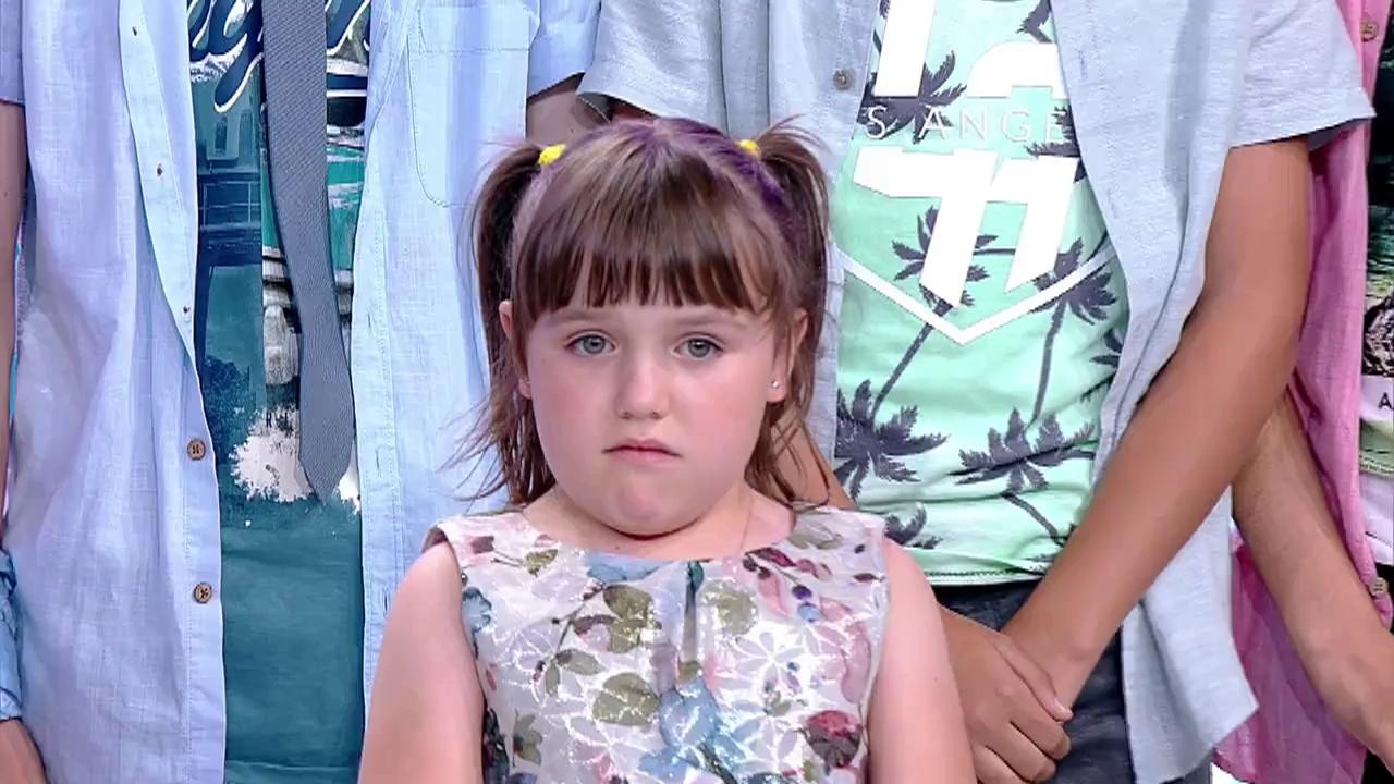 """Felicităăăări! Andra Nețoi, micuța cu voce de aur, a câștigat cea de-a șaptea ediție """"Next Star"""""""