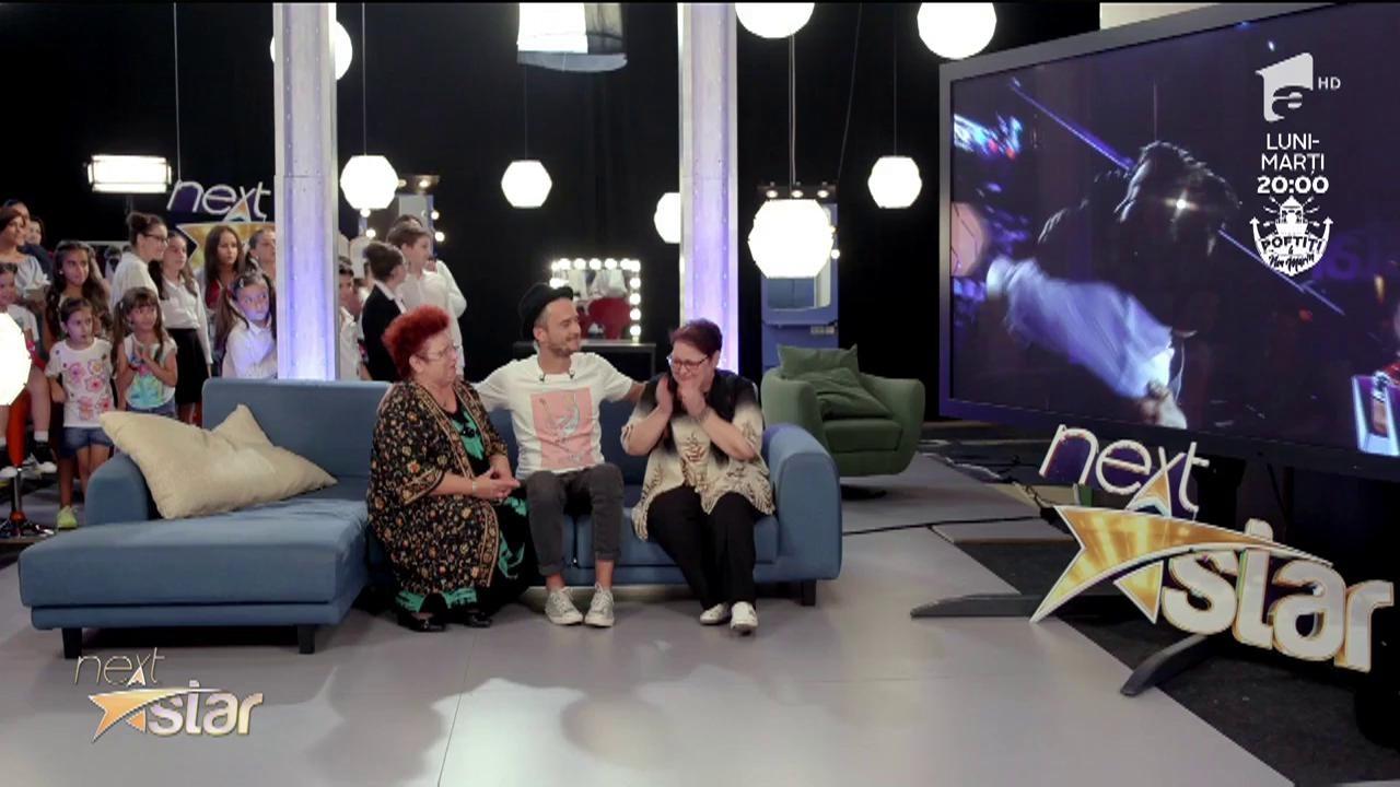 Lacrimi și emoție la Next Star! Alex Grama își revede mama plecată în Anglia să muncească
