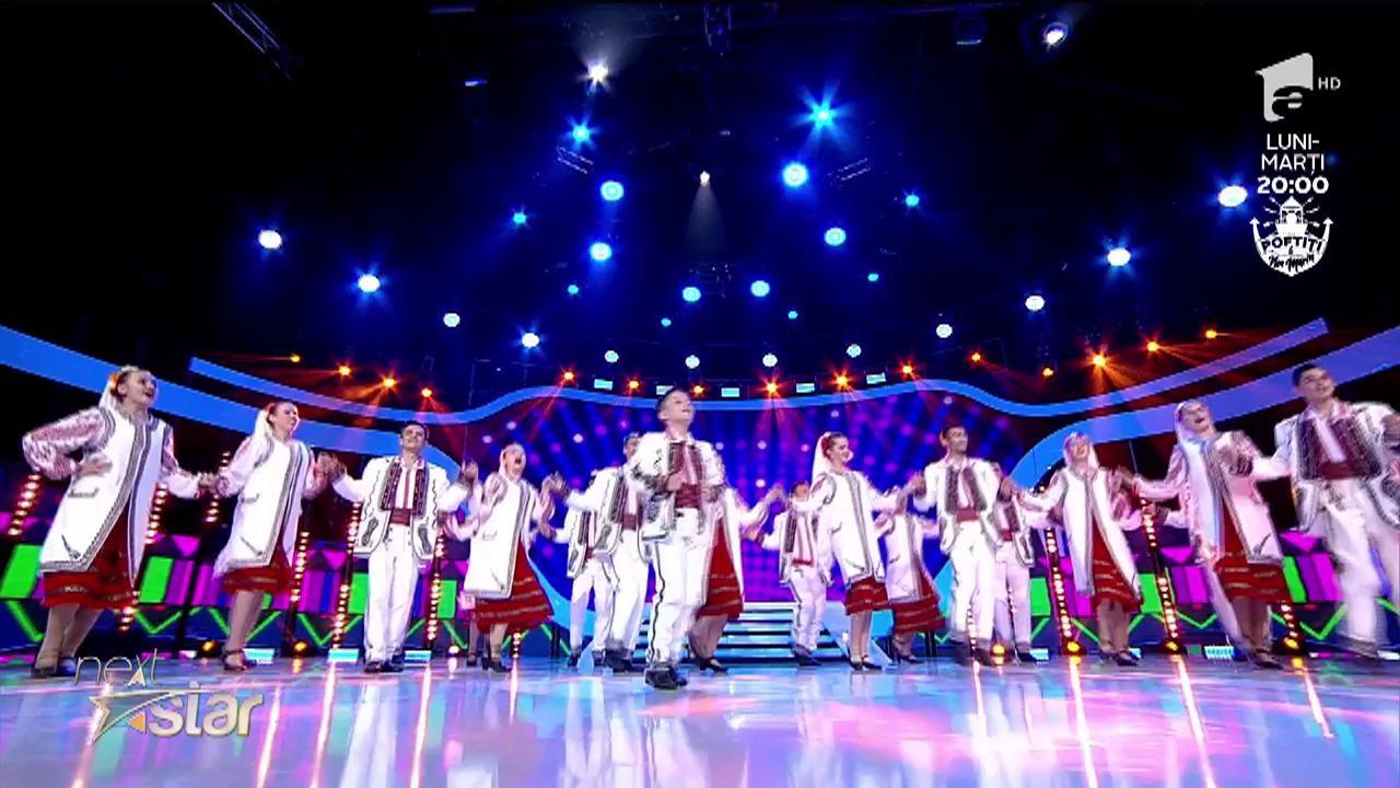 Dans și voie bună la Next Star! Andrei Ileana dansează alături de trupa Doina Bascovului