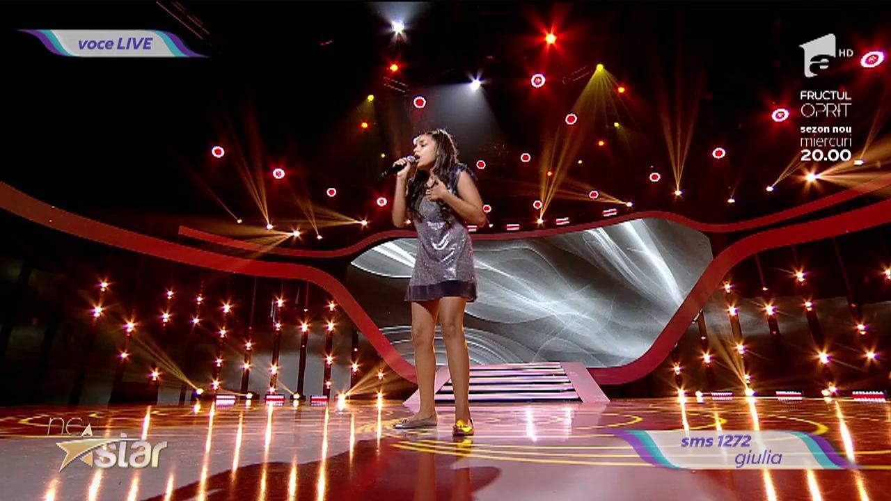 Whitney Houston - Run To You. Vezi cum cântă Giulia Tabără, la Next Star!