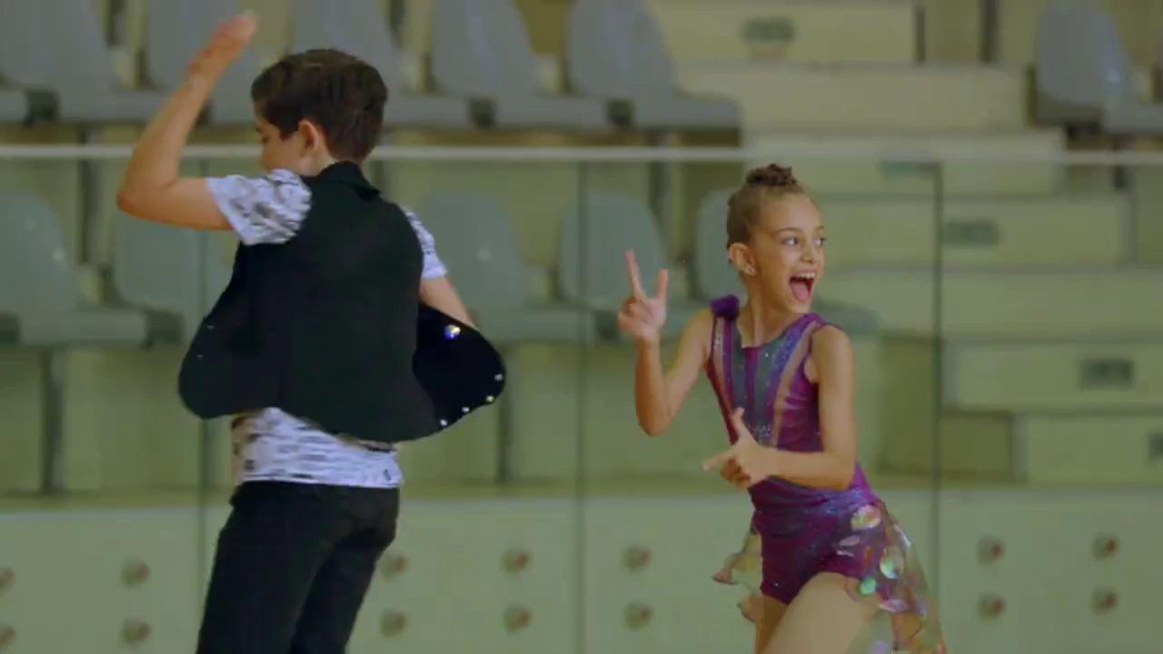 """Număr spectaculos de patinaj artistic, la """"Next Star""""! Maria și Anelin s-au născut să fie campioni!"""
