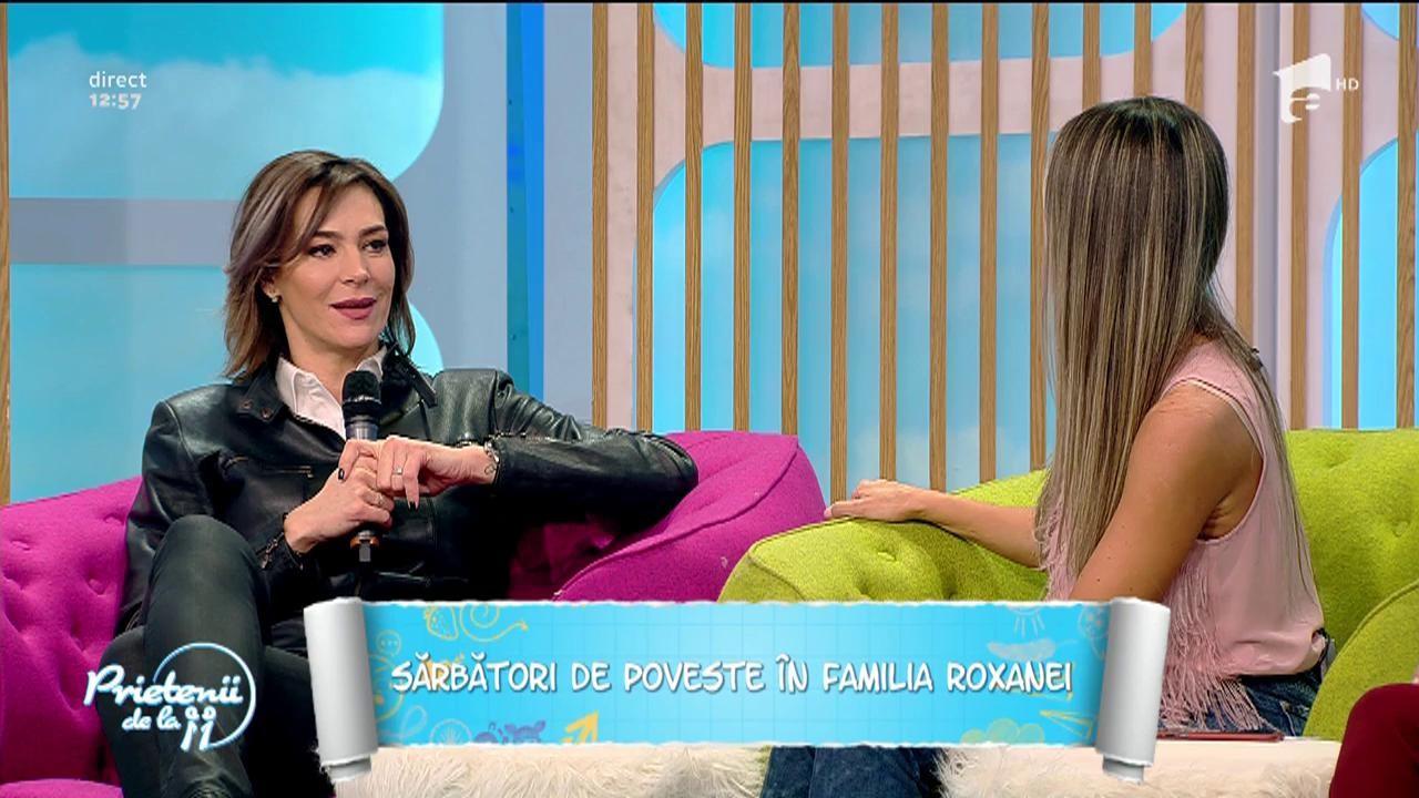 Roxana Ciuhulescu a fost spiriduşul Moşului şi a dus daruri unor familii sărace din Buzău!