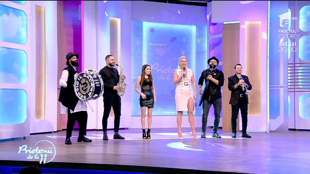 "Letiţia Moisescu feat. Sensibil Balkan - ""Daina"""