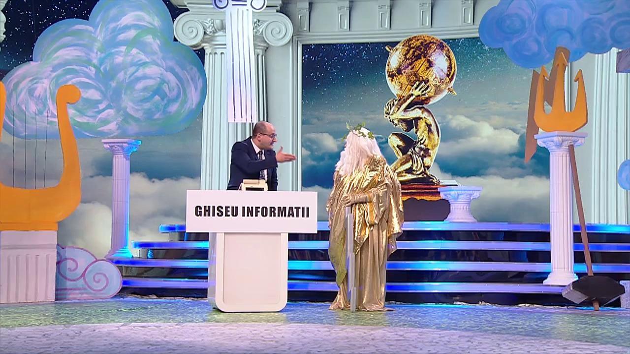 Scena Misterelor. Masca Zeus, scenetă la ghișeul de informații: Când pleacă primul nor spre Olimp?