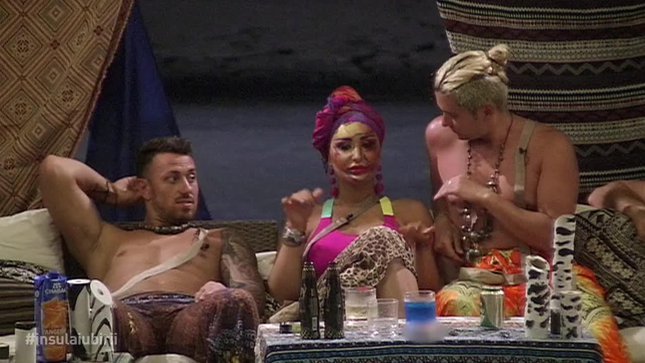"""Triunghi amoros la """"Insula Iubirii""""! Dana, Bogdan și Adrian, despre fanteziile lor supreme: """"Dacă îi spun, o să se sperie!"""""""