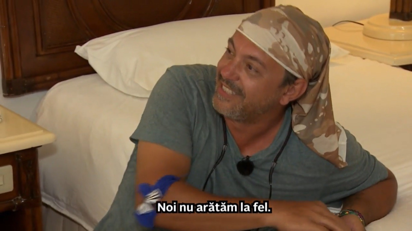 """Bontea, cât pe ce să leșine de râs, în """"Asia Express"""", sezonul 3! Fodor, pus să facă animale din prosoape: """"S-au născut la Cernobîl!"""" - VIDEO"""