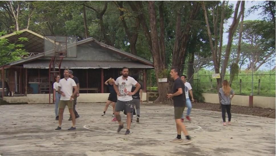 România - Filipine, meci de baschet de poveste în Asia Express