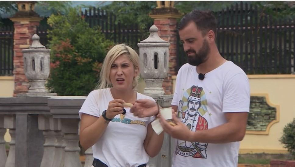 """Concurenții de la Asia Express, puși să încerce înghețata de pește! """"Este ca și cum ai mânca sarmale cu tort"""""""