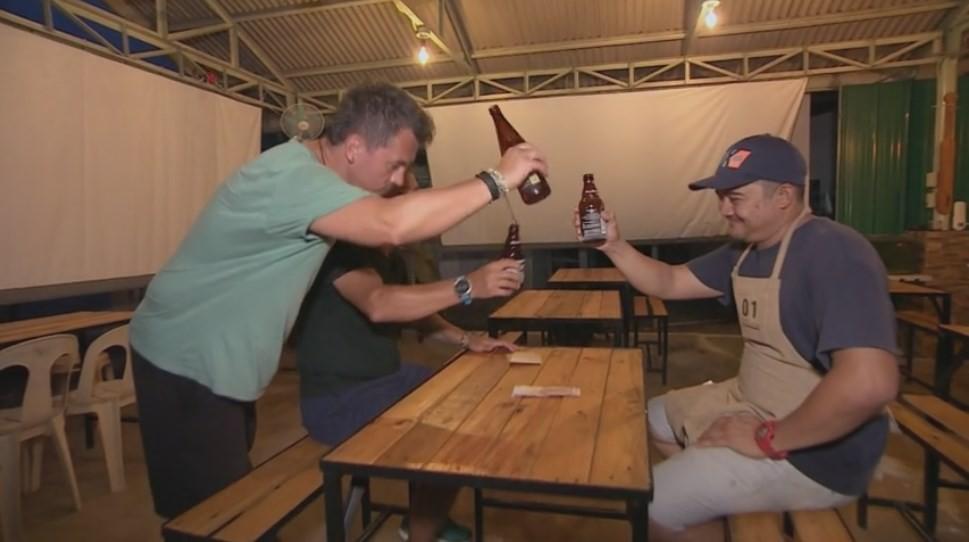 """Au dormit într-un bar! Sorin Bontea și Răzvan Fodor, dezvăluiri neașteptate la Asia Express: """"Ziceai că ești la Vama Veche"""""""