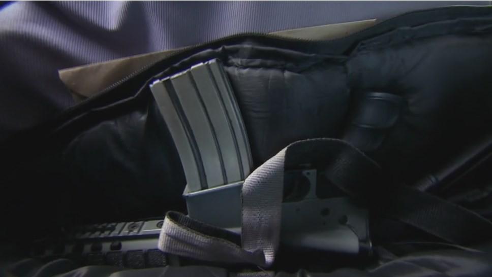 """Concurenții din Asia Express livrează mâncare cu mitraliera! Sorin Bontea: """"Pe scaunul din față are o armă!"""""""