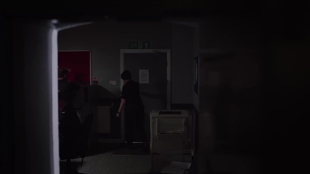 Keeping Faith - Sezonul 2 - Episodul 9