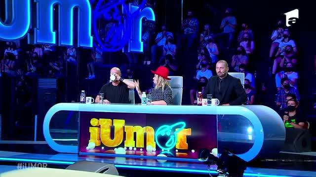 iUmor 29 noiembrie 2020. Cristi Iacob, super moment de stand up pe scena iUmor. Ești pregătit să râzi cu lacrimi?